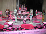 Monster High Table