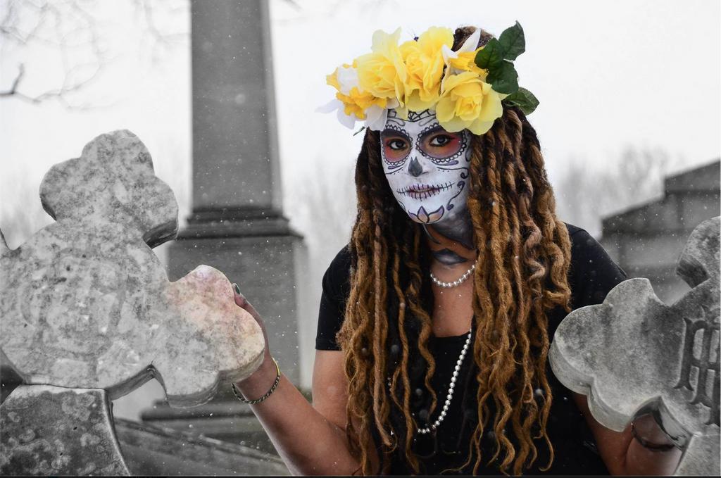 Graveyard Goddess by jessibaxx