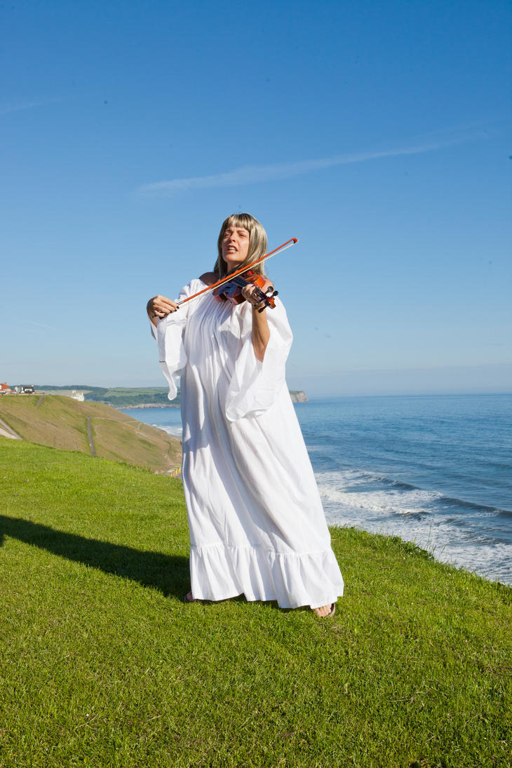 Violin 4 by MelGama