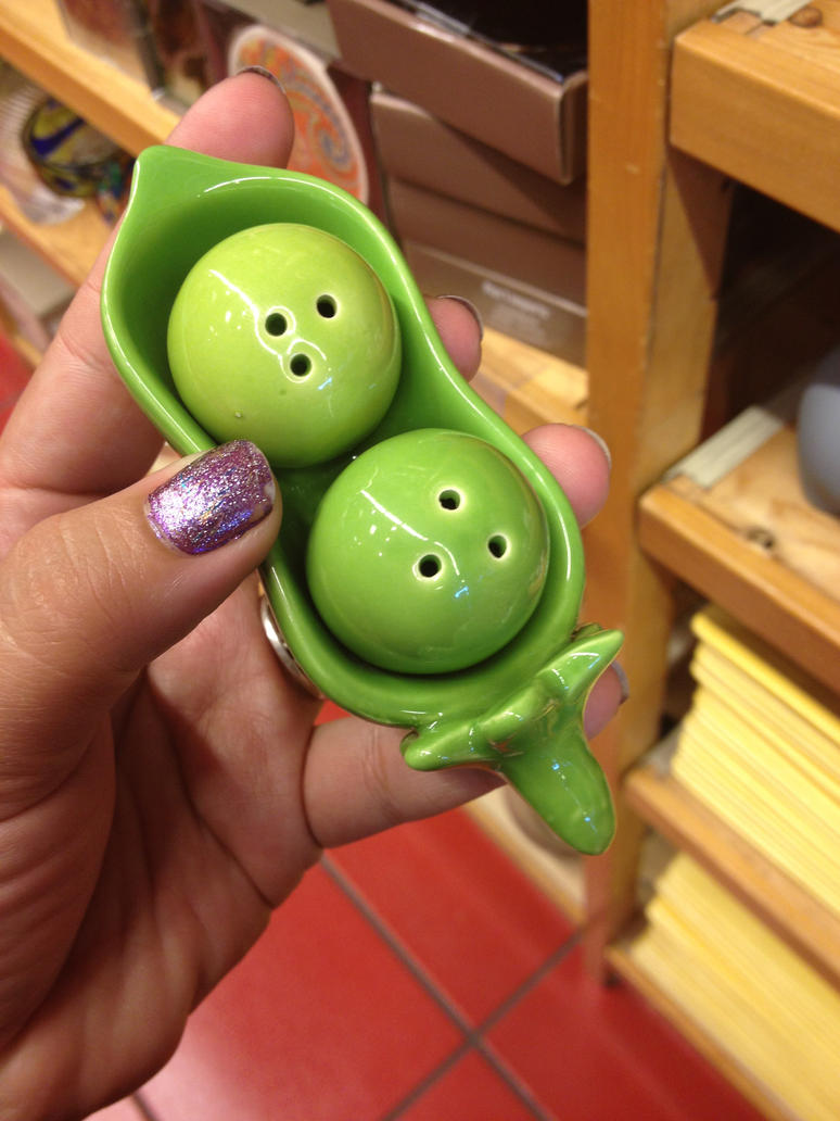Peas in a pod salt and pepper shakers by mstrinity143 on deviantart - Two peas in a pod salt and pepper shakers ...