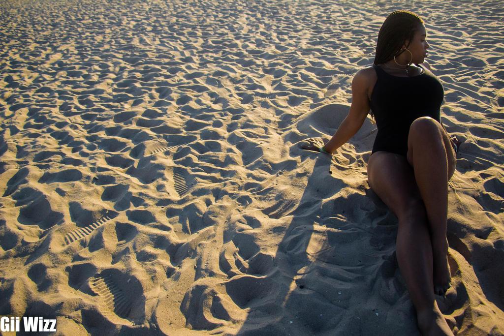 Endless Sand... by Gii-Wizz