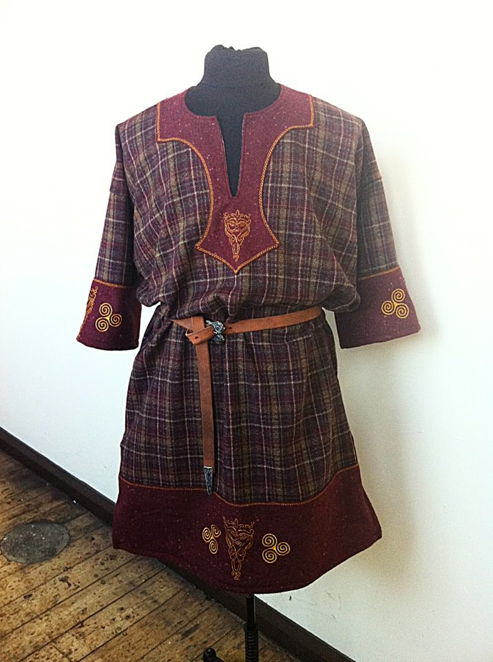 Celtic Tunic Commission by RobynGoodfellow on DeviantArt