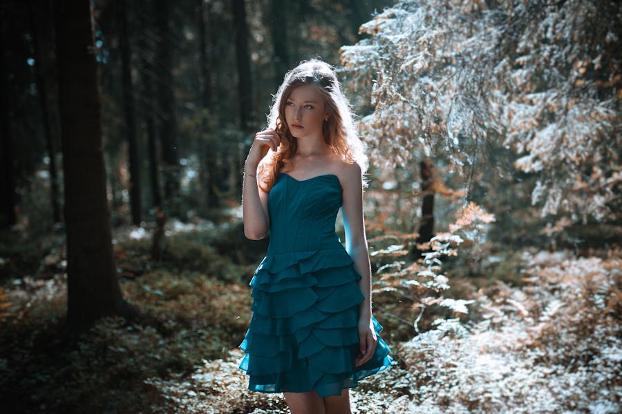 Elena by Isa-Wyrd