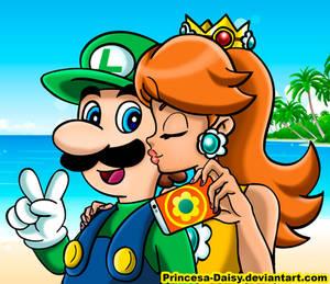 Luigi and Daisy - Selfie kiss