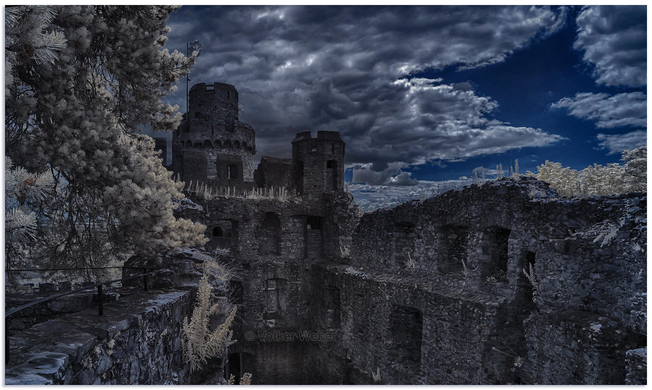 Castle XXIV by vw1956
