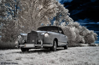 DB220S Cabriolet