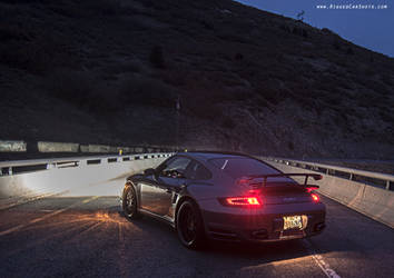 911 Dark by zoomzoom