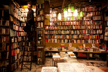 Paris: Shakespeare and Co.