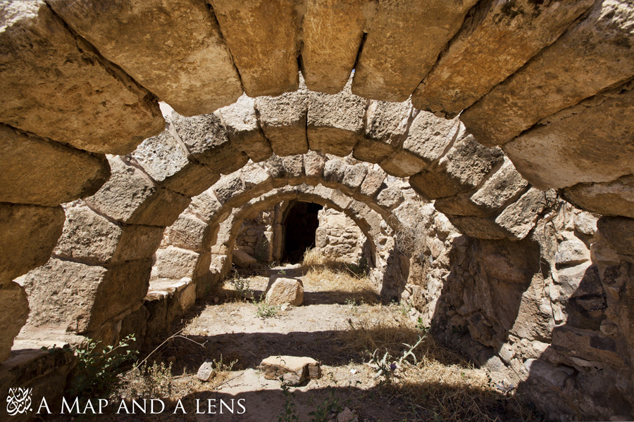 Madaba: Arches by Mgsblade