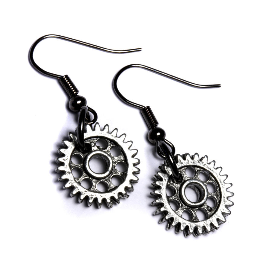 Steampunk gear earrings by CatherinetteRings