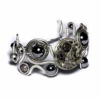 Steampunk Bracelet Hematite by CatherinetteRings