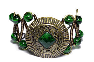 Bracelet with Victorian Green Antique Button by CatherinetteRings