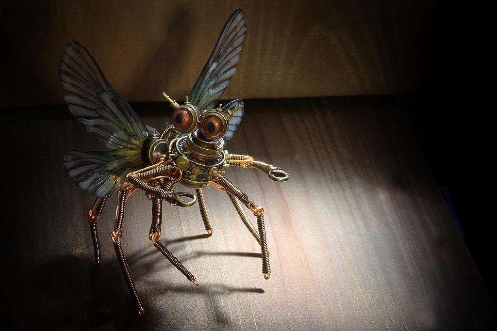 Steampunk insect Feywild Modron robot sculpture