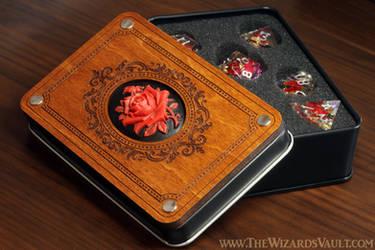 Rose dice box with sharp edge flower dice