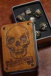 Memento Mori Skull Dice box