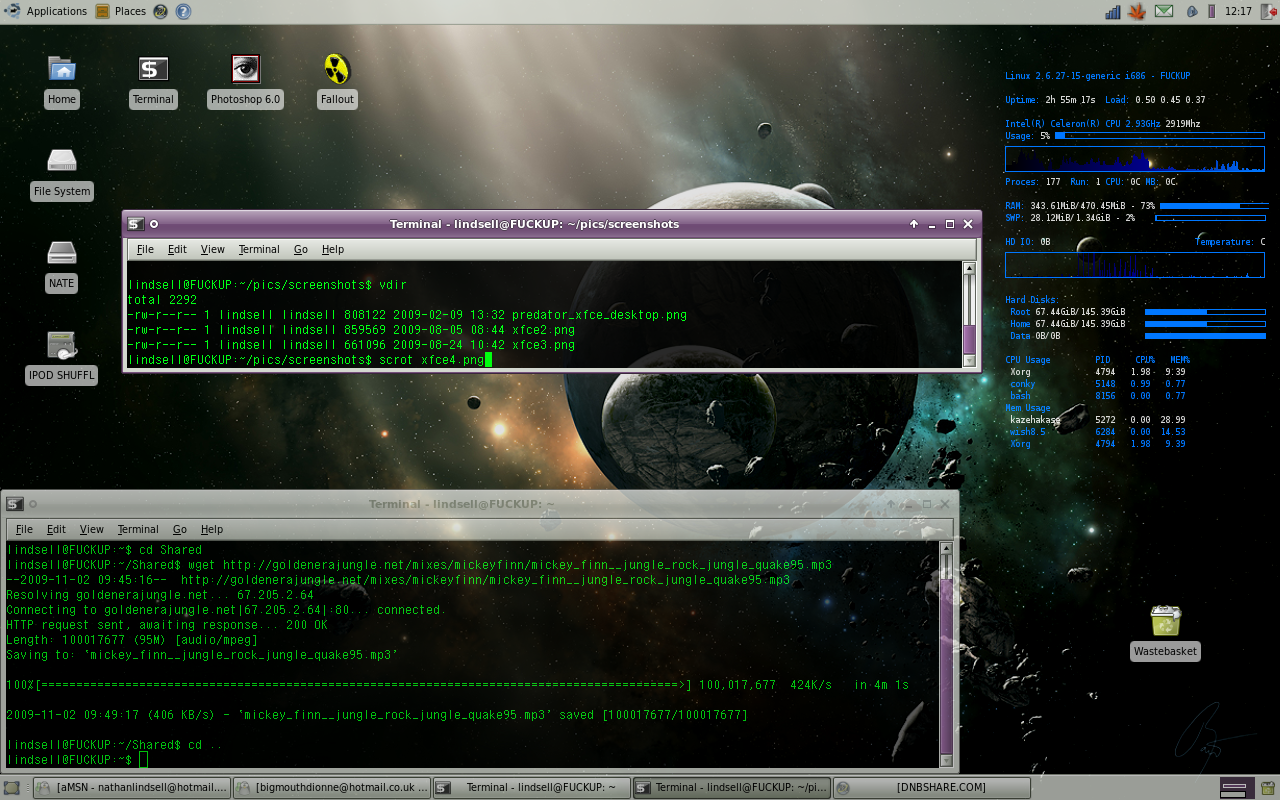 Another_Xfce_Screenshot_by_fugazi32.png