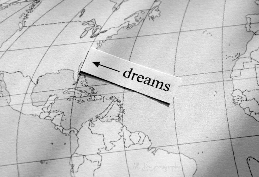 Dreams by AlliDzi
