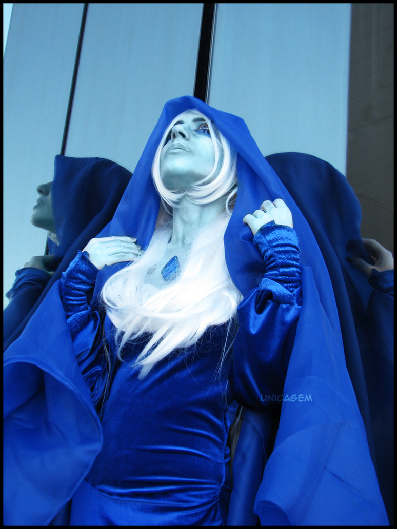 edit: fixed skin and eyes Thinking of her…My Blue Diamond cosplay debuted today! Photo by my father  Costume by me Steven Universe (c) Rebecca Sugar FACEBOOK -> www.facebook.com/...