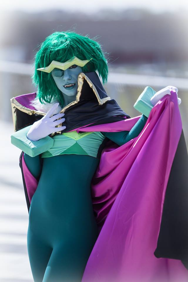 Emerald - Steven Universe cosplay by UnicaGem