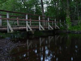 Green Bridge Red by dseomn