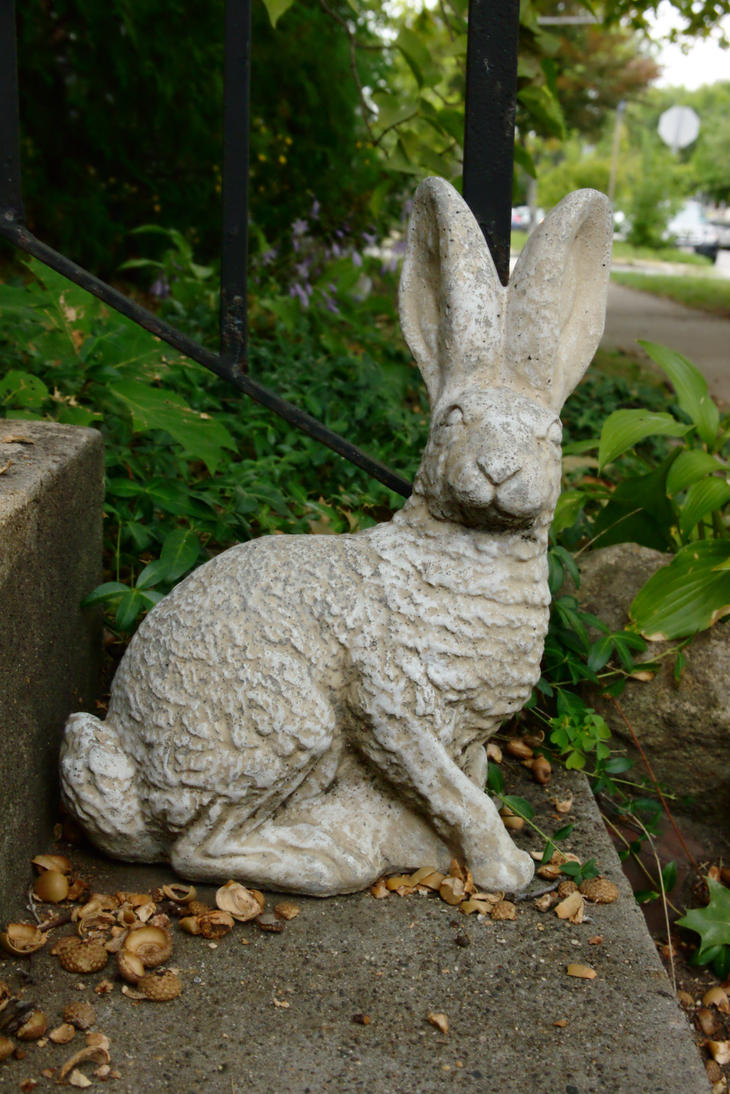 Rabbit Statue by dseomn