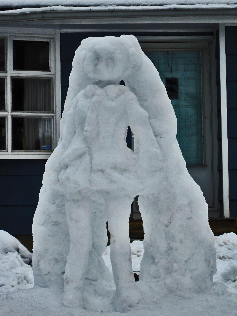 Snow Hatsune Miku by riningear