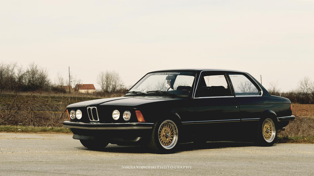 My lovely E21 by extremebt