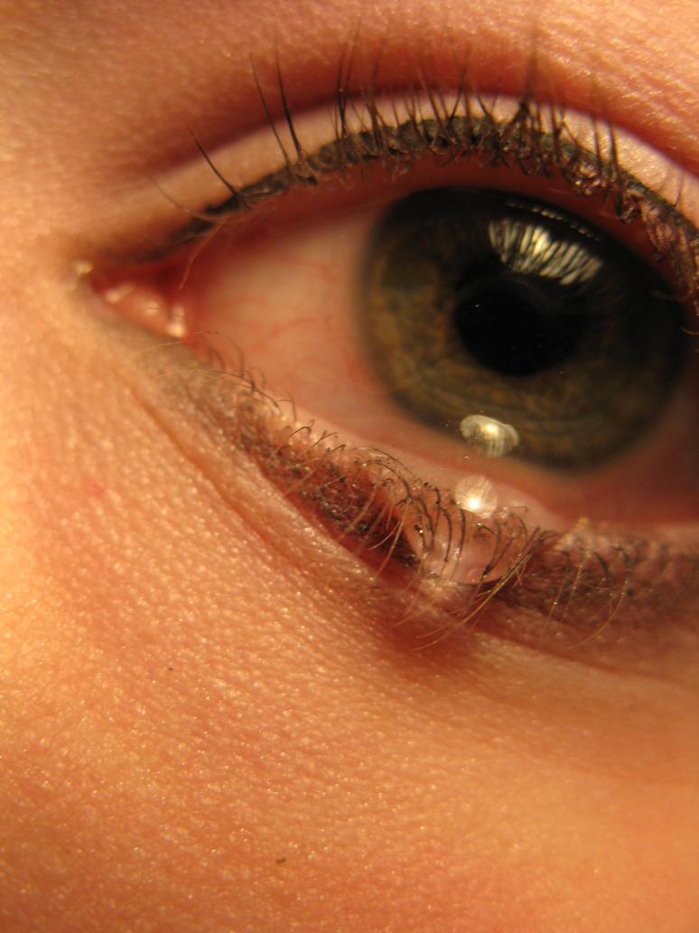слезы зеленые глаза картинки
