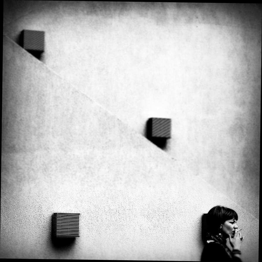 contre le mur I by covanea