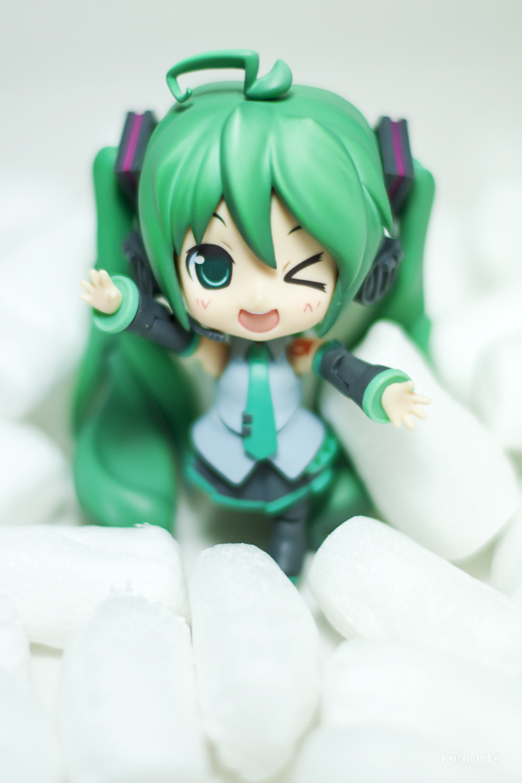 Miku Says... by KuroDot