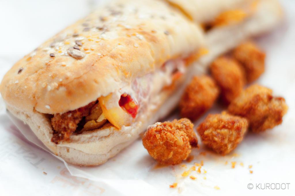 Crispy Chicken Sandwich by KuroDot