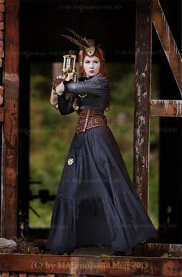 Huntress of Steammonsters VIII