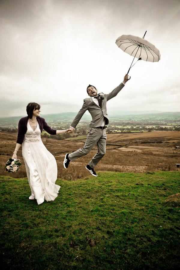 Flying away by Lady-Twiglet