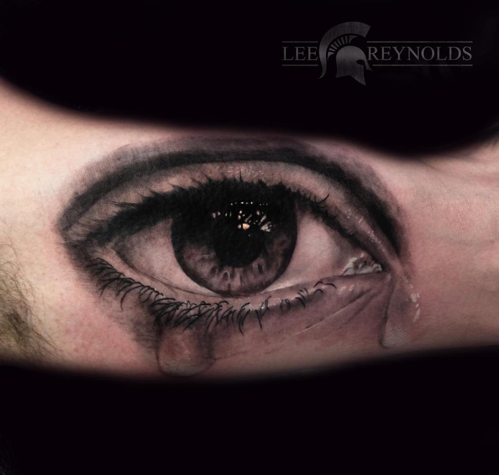 Realistic eye tattoo by lee reynolds by rudeboytattoo on for Tattoo your eyes