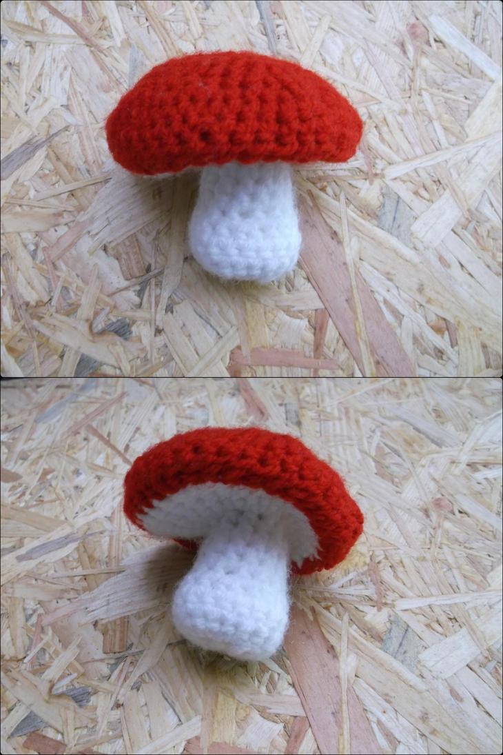 Crochet mushroom by Esarina