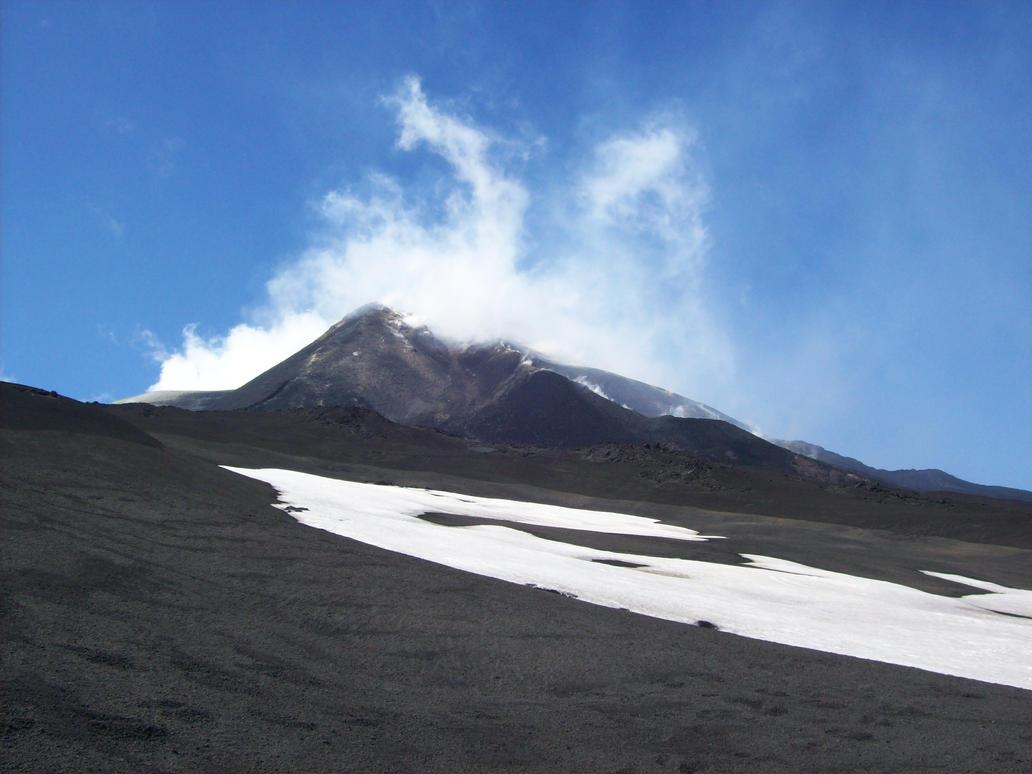 Mount Doom by Undevicesimus