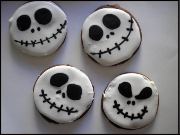 Skellington Jack Cookies by beelovessnowmen