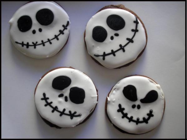 Skellington Jack Cookies by beelovessnowmen