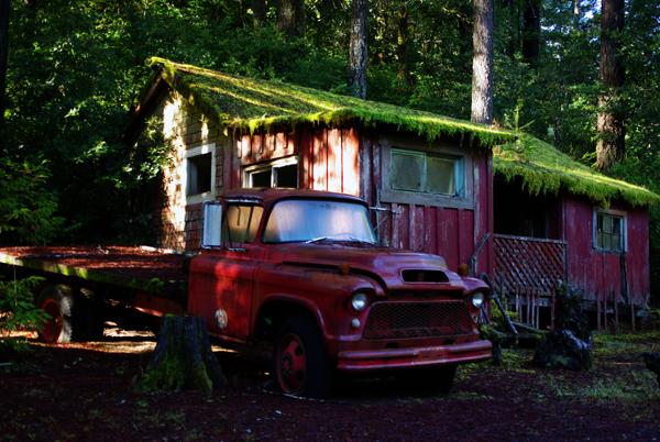 Red Truck by InnocentEye