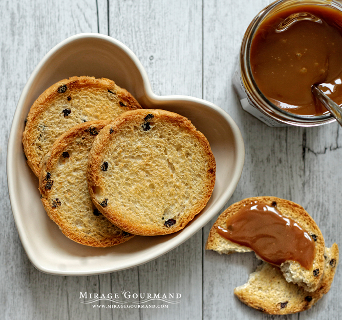 Rusks with milk jam by MirageGourmand