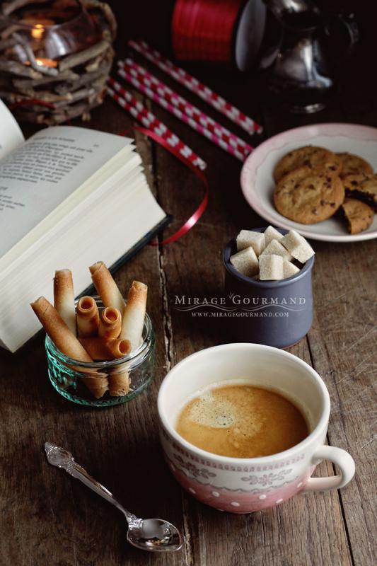 Dark morning coffee by MirageGourmand