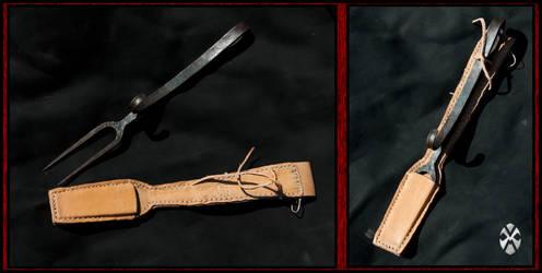 Fork with belt sheath