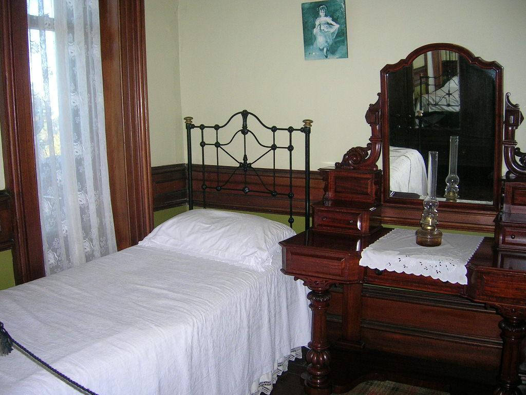 old bedroom old bedroom