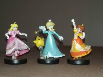 Mario Princesses Smash Bros Amiibos by BrigadierDarman