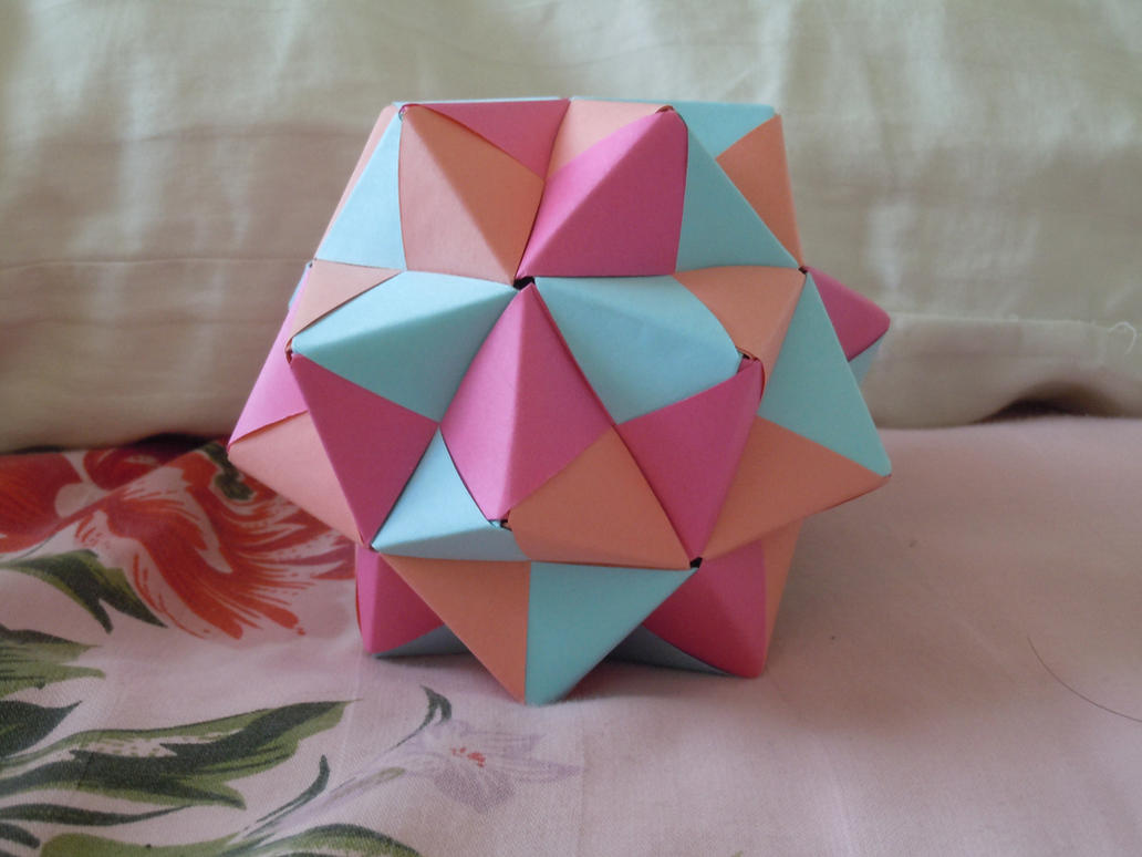 Sonobe icosahedron by sugariest on deviantart sonobe icosahedron by sugariest jeuxipadfo Gallery