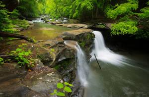 Mill Creek Falls by LAlight