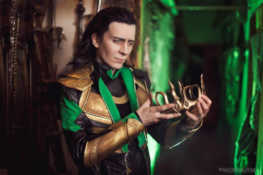 Loki rules the world by TheIdeaFix