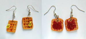 Breakfast Earrings - Waffle and Toast
