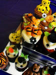 Big Cat Themed Birthday Cake and Cupcake Tier
