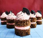 Strawberry Cookies and Cream Cakes